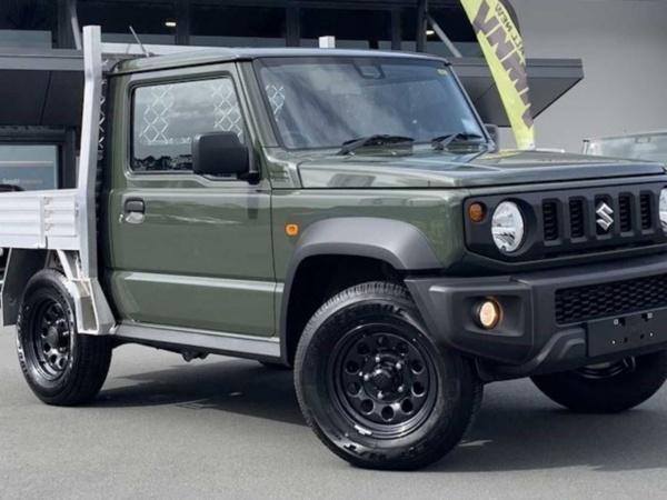 Platós Suzuki Jimny az új sláger