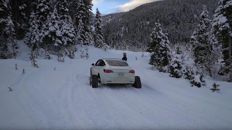 Hótalpas Tesla Model 3